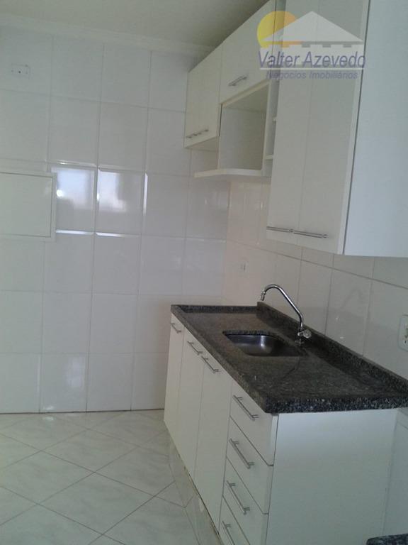 apartamento lindo em ótimo estado de conservação, pintura nova, vista para serra da cantareira, piso cerâmico,...