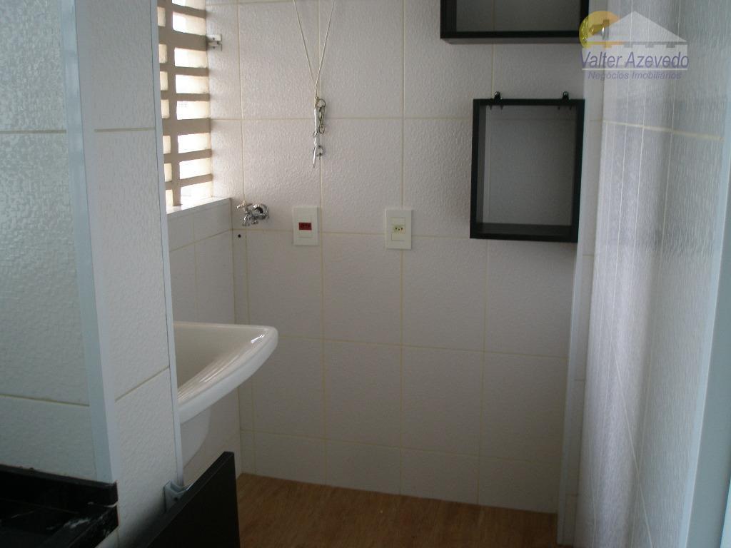 apartamento braz leme! 02 dormitórios, sala, cozinha com armários, todo revestido, piso frio, tipo cerâmica, não...
