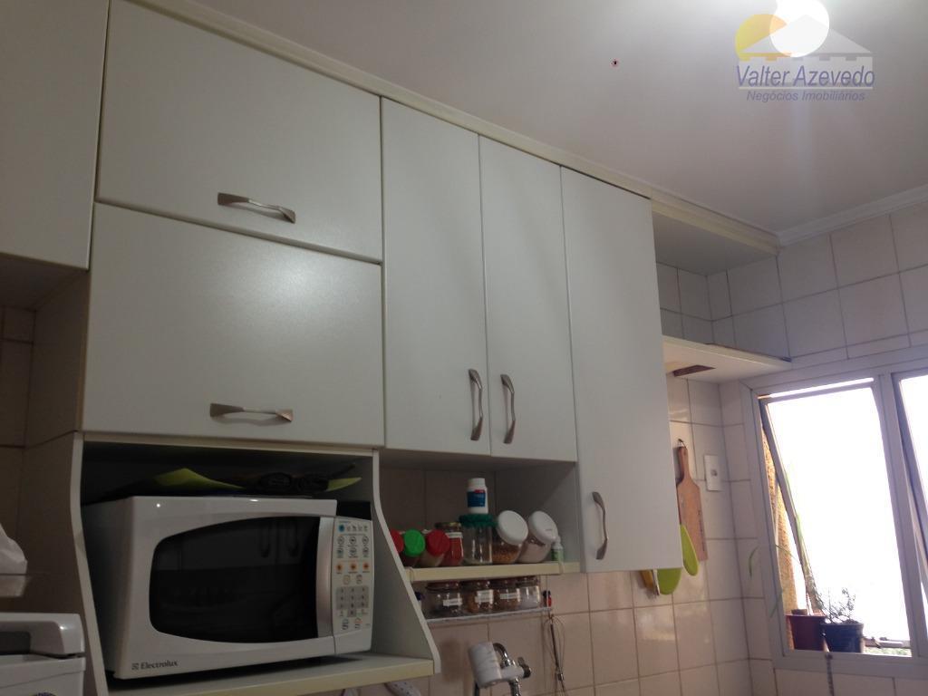 apartamento santa terezinha ! reformado! 03 dormitórios, suite, armários, cozinha planejada, sala 02 ambientes, sacada, tela...