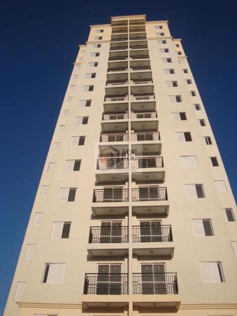 Lindo apartamento todo mobiliado em ótimo local na Vila Homero Thon