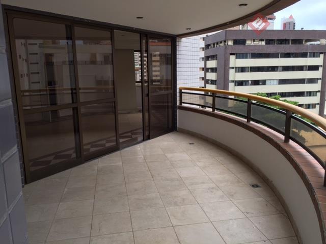 Apartamento residencial à venda, Meireles, Fortaleza - AP8944.