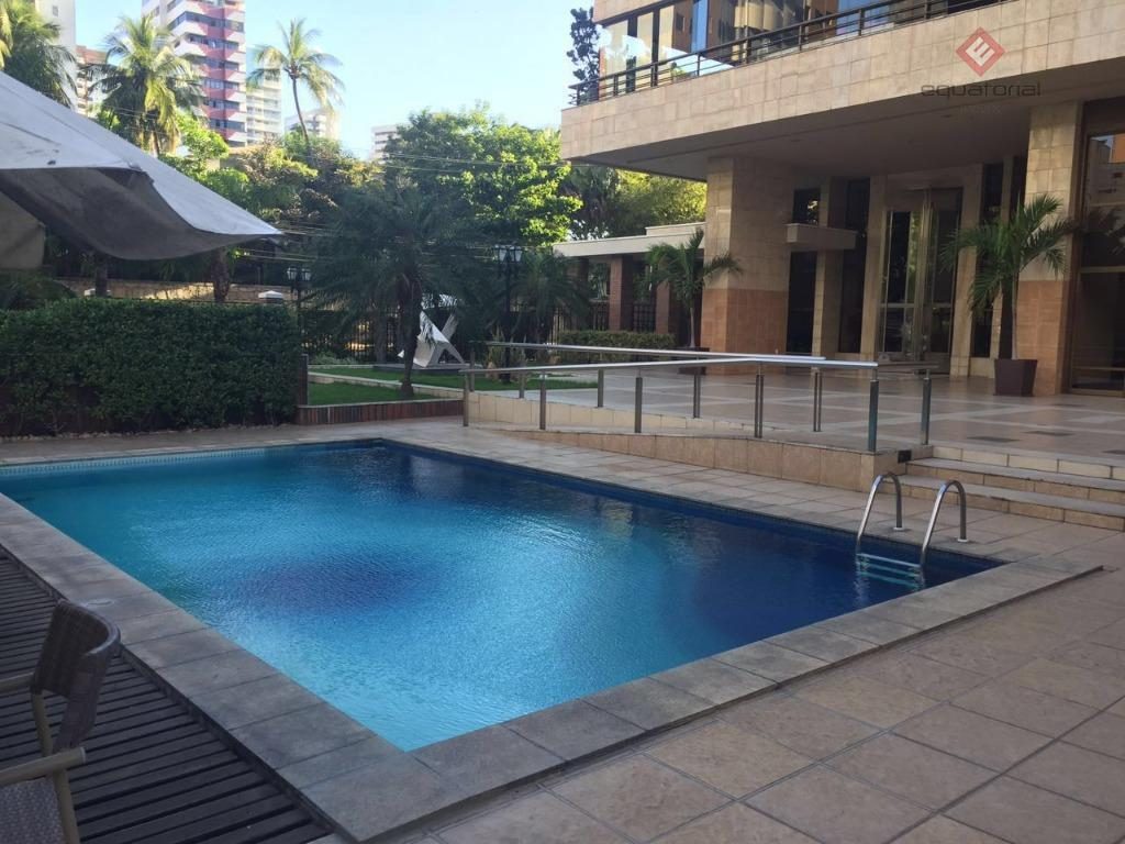 ótimo apartamento no meireles, próximo ao palácio do governo, andar alto, com 340m², 04 suítes, ampla...