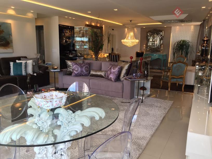 AP9830 Apartamento 170m², 03 quartos sendo 02 suítes, 4 Vagas  Meireles, Fortaleza.