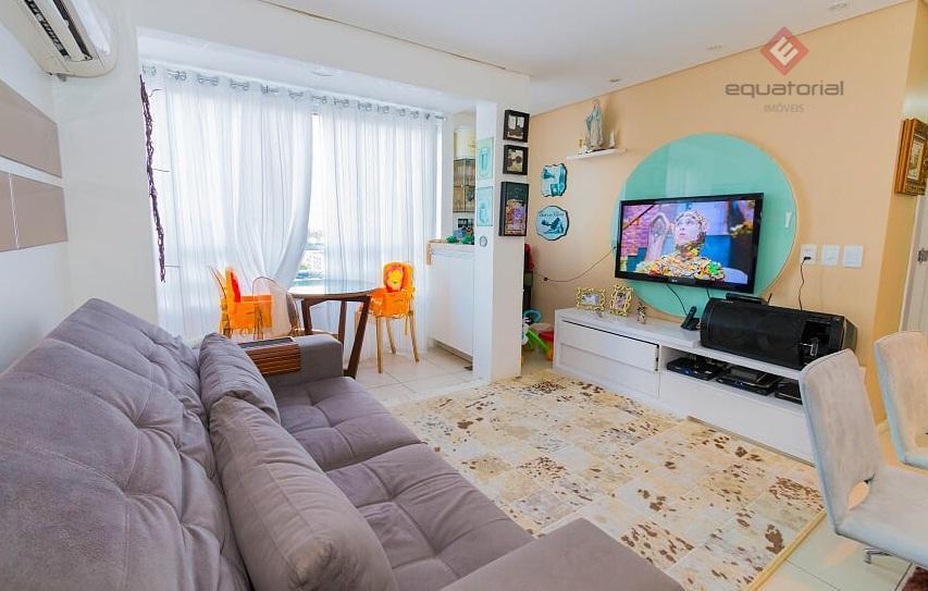 AP9829 Vendemos Apartamento  78m², 03 quartos,2 Vagas prox  Praça Martins Dourado Cocó Fortaleza.