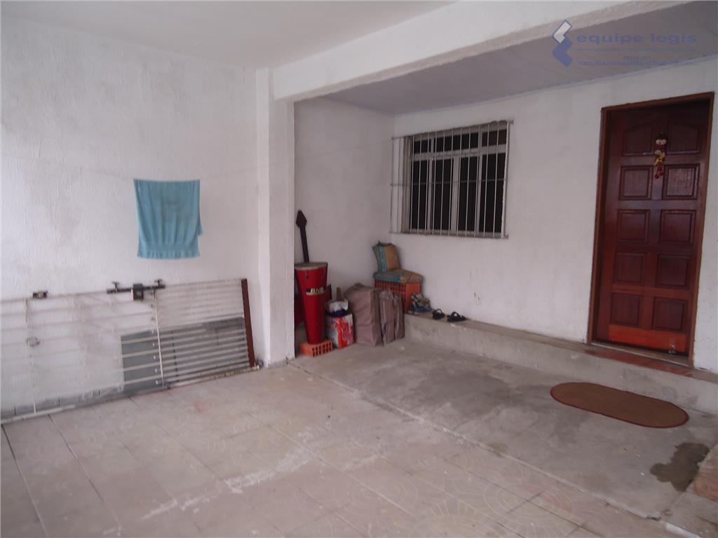 casa com 02 dormitórios, sendo 02 suítes, sala de 02 ambientes, cozinha, 02 banheiros, 03 vagas...