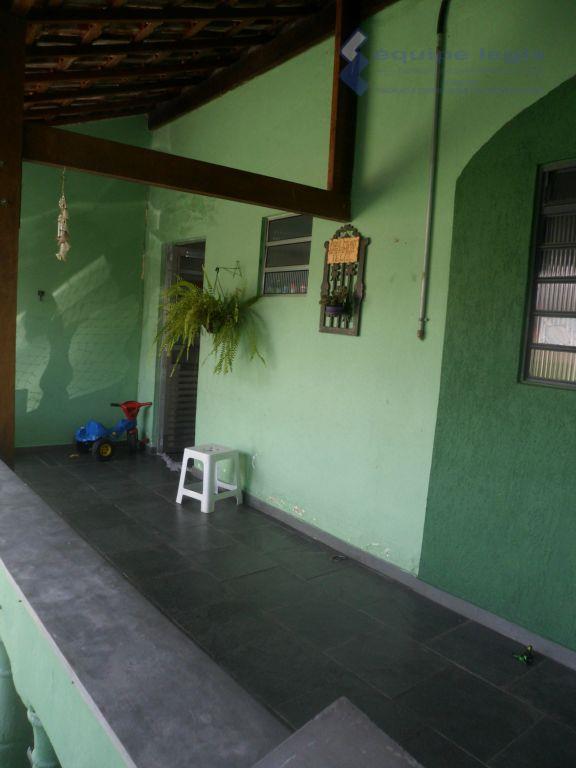 Casa Térrea com 4 dormitórios, Conjunto Residencial José Bonifácio, São Paulo.