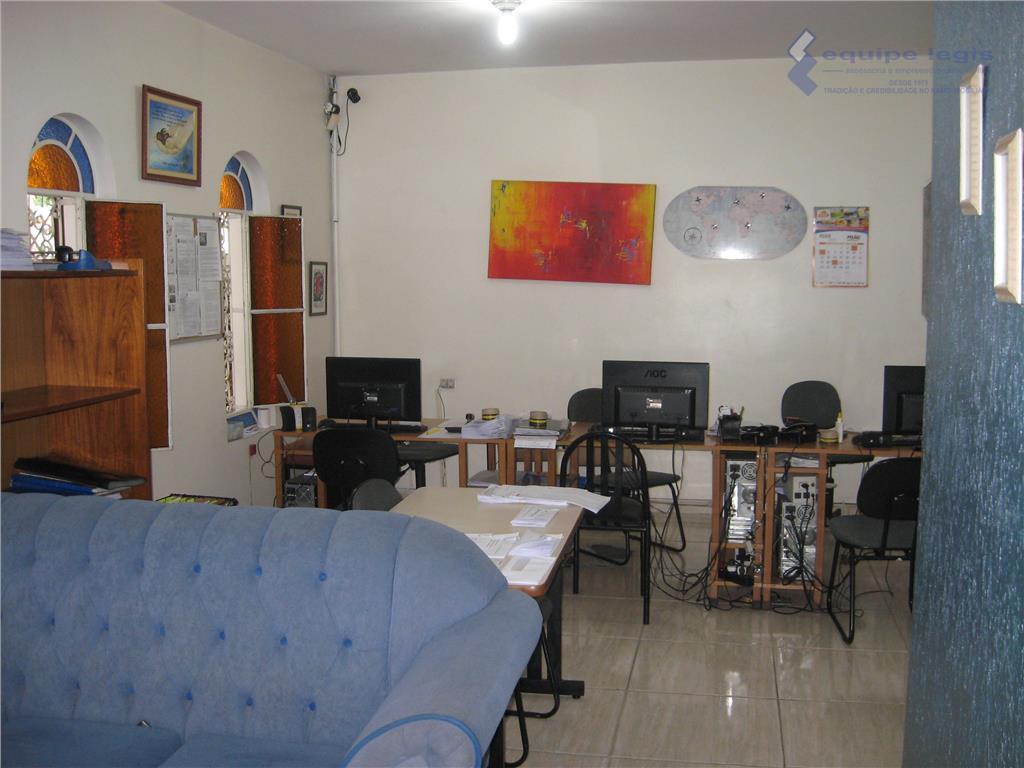 casa com 3 dormitórios sendo 1 suíte, sala de estar, sala de jantar, jardim interno, cozinha,...