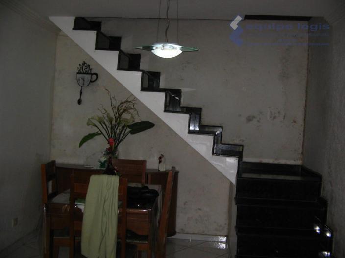 sobrado com 3 dormitórios,2 salas,cozinha, 3 banheiro,área de serviço,2 vagas,sobrado com 3 pavimentos sendo que o...