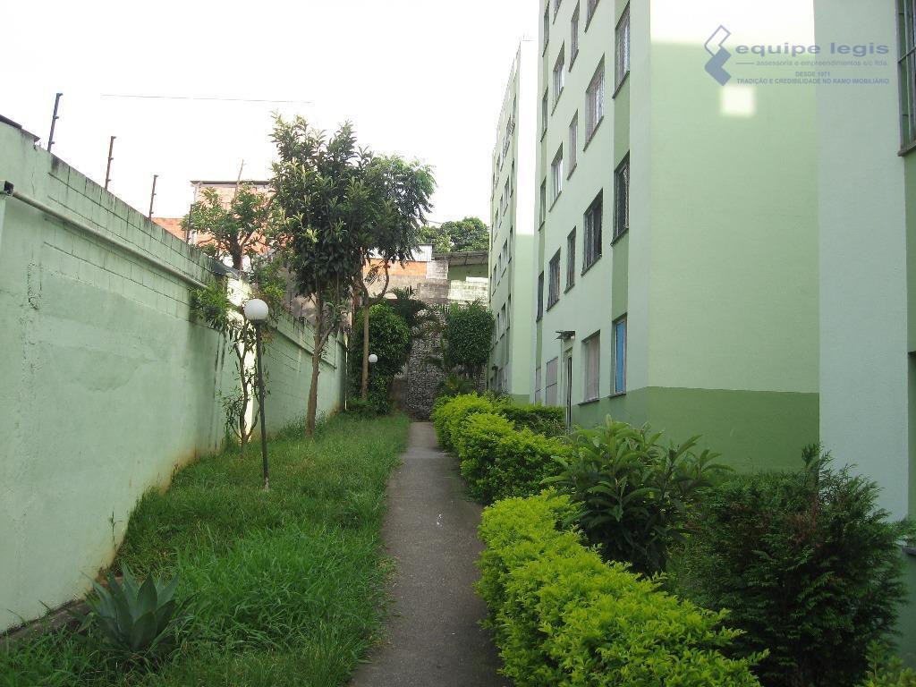 apartamento com 2 dormitórios,sala,cozinha,banheiro,área de serviço, 1 vaga,pode ser financiado,fácil acesso ao centro,metro,bancos,comercios,etc.devido a grande rotatividade...