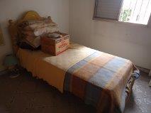 apartamento todo mobiliado com 2 dormitórios,sala,cozinha,banheiro,área de serviço 1 vagafácil acesso ao centro,bancos,comercio,metro,e muito maisvenda só...