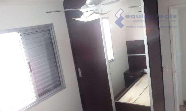 apartamento com 2 dormitórios, sala, cozinha, banheiro, área de serviço, 1 vaga de garagem, varanda, móveis...