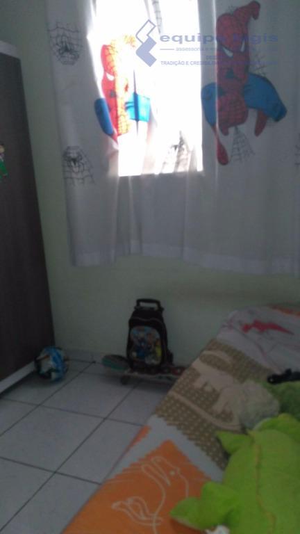 apartamento com 2 dormitórios, sala, cozinha, banheiro, área de serviço, quintal, 1 vaga de garagem, área...