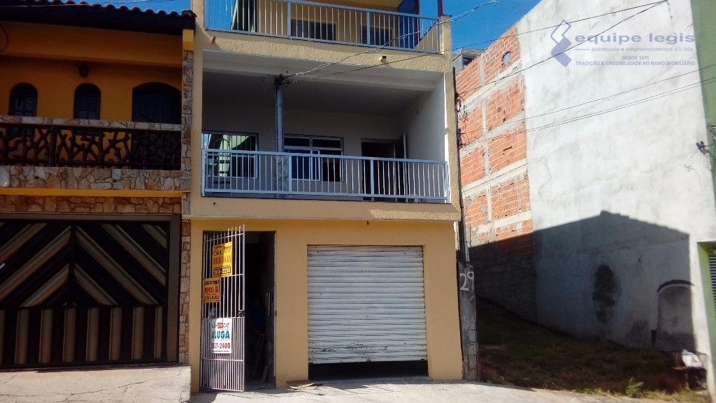 sobrado + casa fds. - sobrado com 4 dormitórios, sala,cozinha, área de serviço, 2 banheiros, 2...