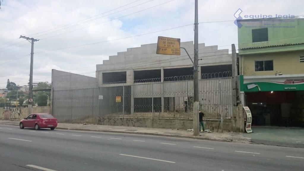 imóvel localizado na rua italina, fundos para avenida jacu pessego/nova trabalhadores // metragem: 22m² de frente...