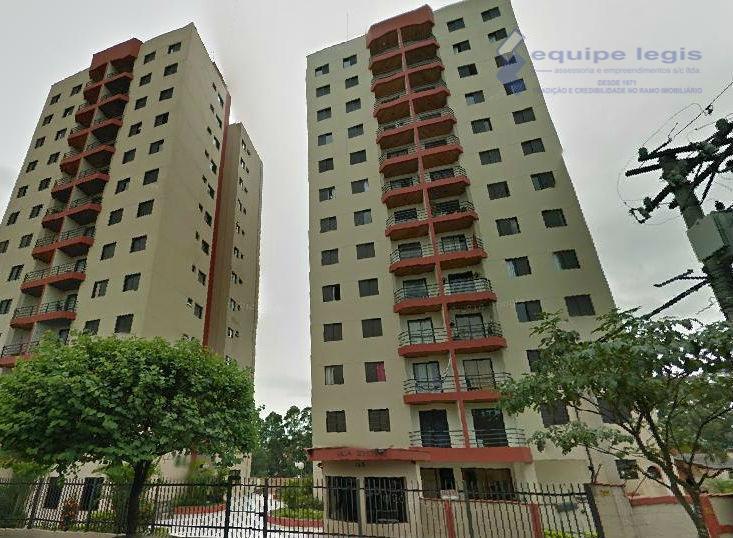Apartamento residencial à venda, Vila Carmosina, São Paulo - AP0392.