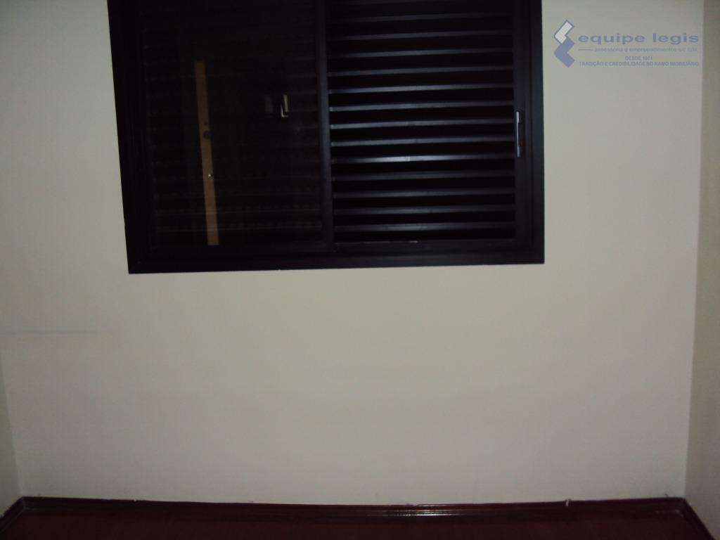 apartamento residencial com: 03 dormitórios sendo 01 c/suíte, sala, cozinha, 02 banheiros, área de serviço e...