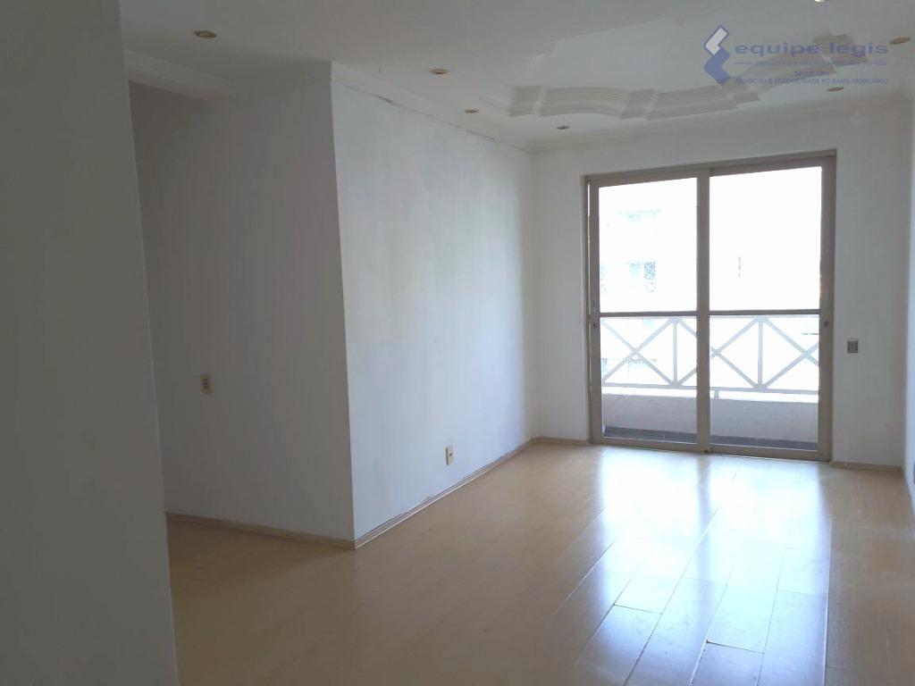 apartamento com 3 dormitórios, sala com 2 ambientes, cozinha, banheiro, área de serviço, sacada, armários planejados:...