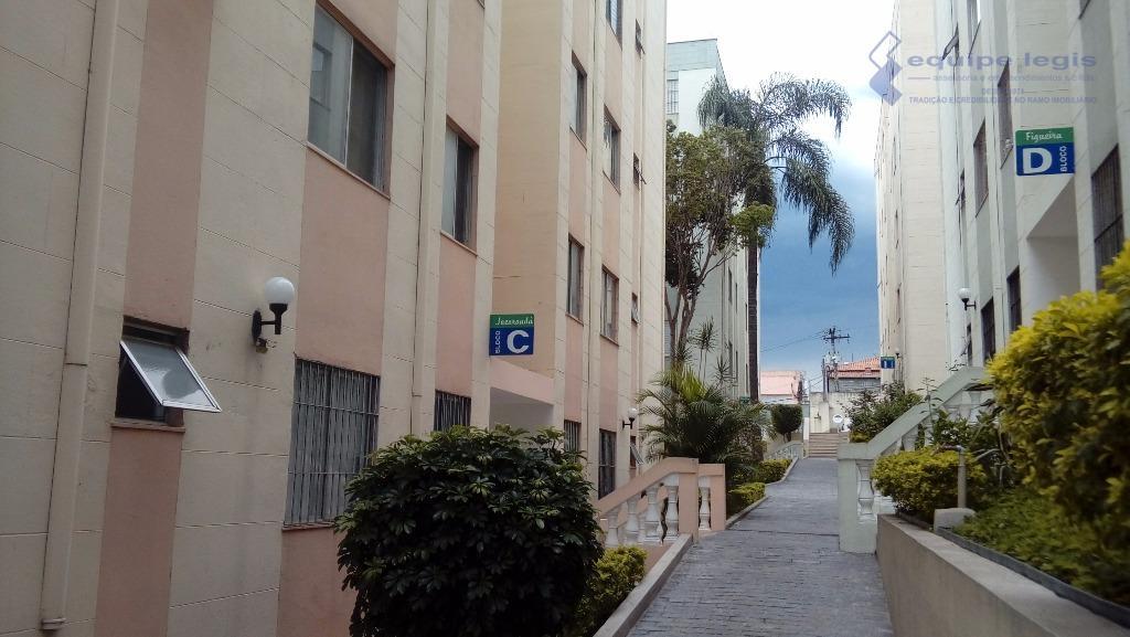 Apartamento residencial à venda, Vila Carmosina, São Paulo.