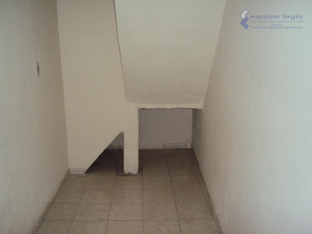 casa residencial com: 02 dormitórios, sala, cozinha, 02 banheiros, despensa, área de serviço e garagem para...