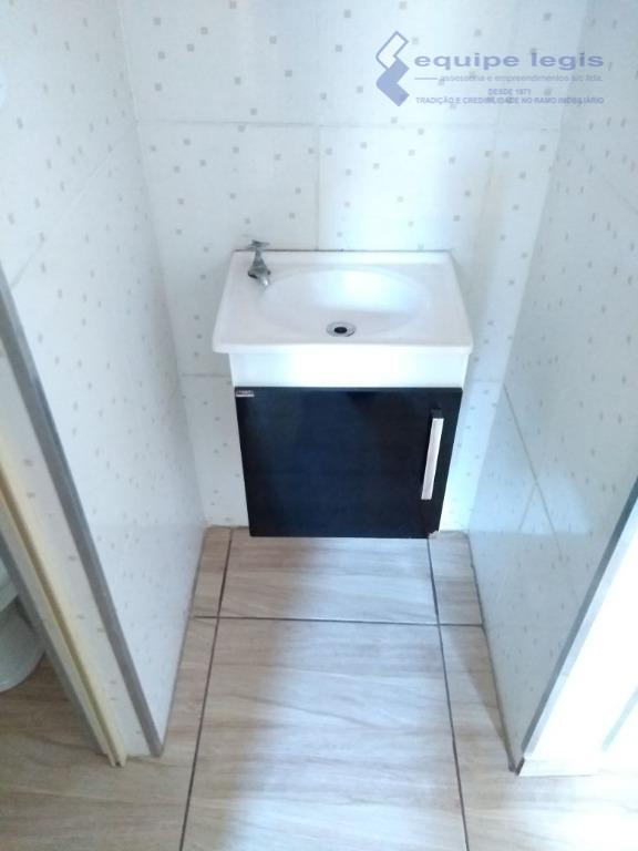 apartamento com 2 dormitórios, sala, cozinha, banheiro, área de serviço 1 vaga,pode ser financiado,fácil acesso ao...