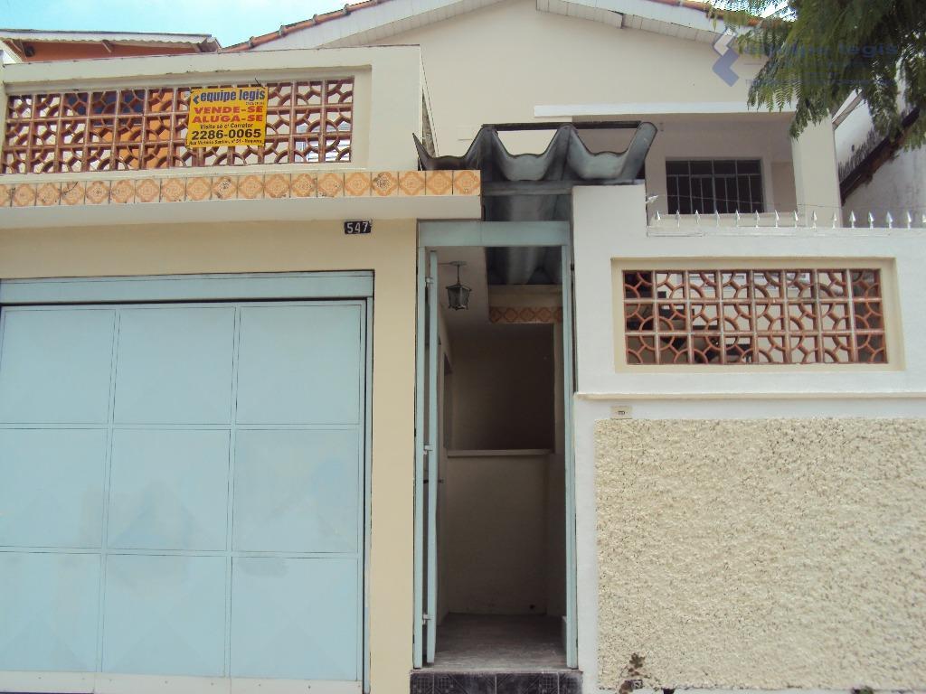 casa residencial com: 03 dormitórios, sala, cozinha, banheiro, área de serviço e garagem + edicula com...