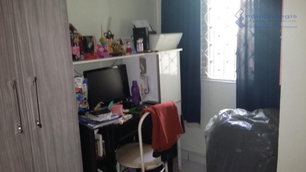 casa com 2 dormitórios, sala, cozinha, banheiro, área de serviço 3 vagas, imóvel próximo ao centro...
