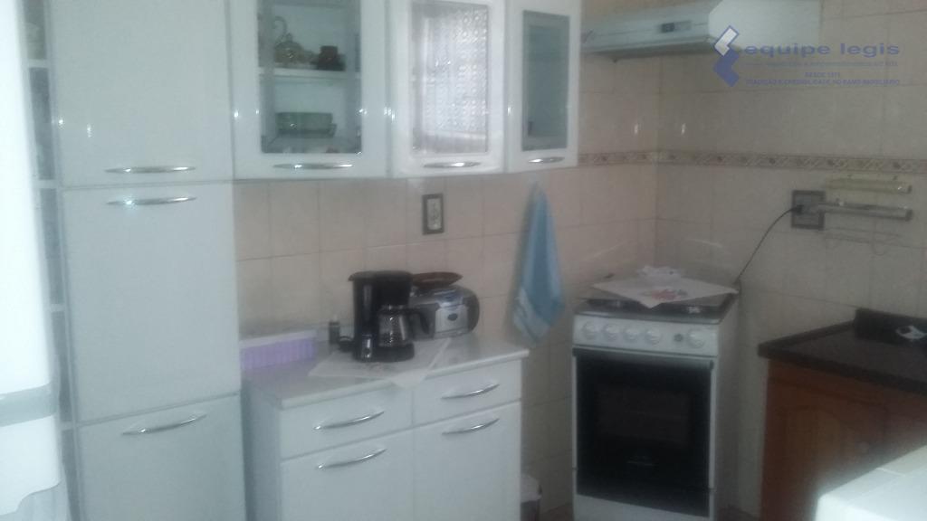 apartamento com 2 dormitórios, sala, cozinha, banheiro, área de serviço, 1 vaga de garagem,financia, fácil acesso...