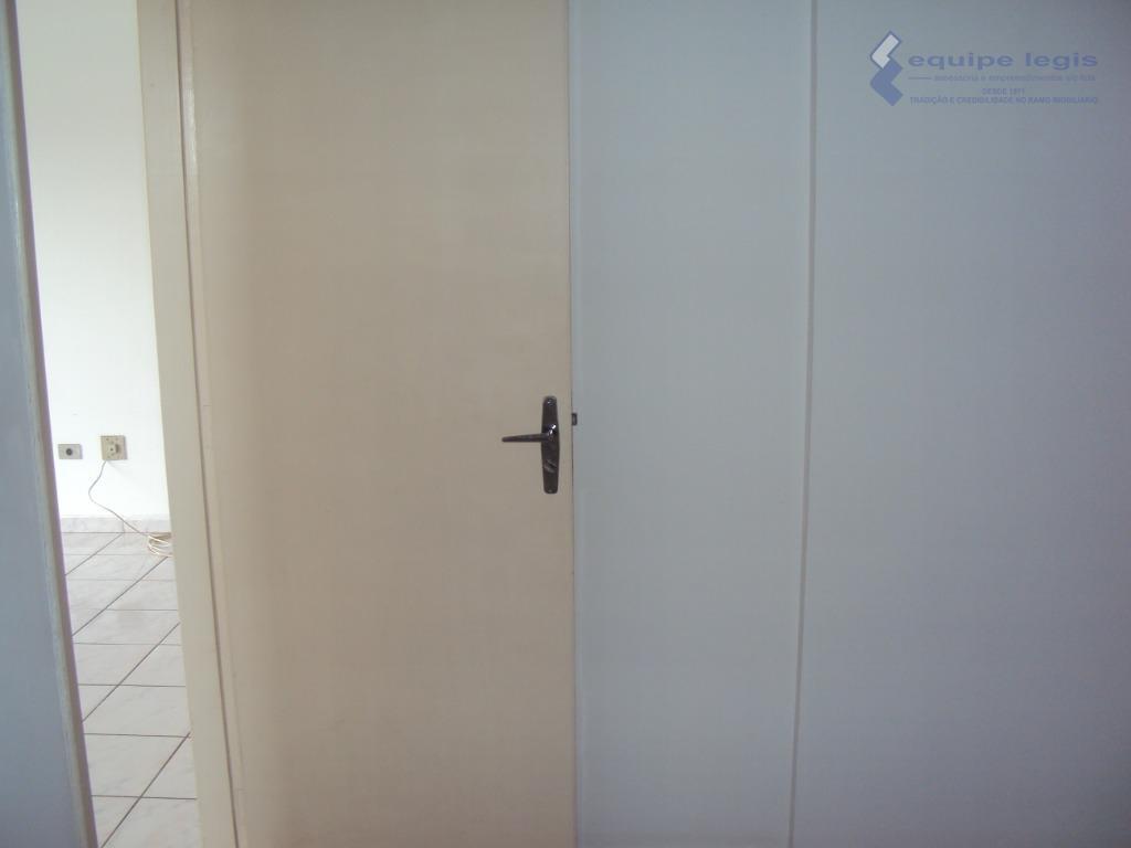 apartamento residencial com : 02 dormitórios, sala, cozinha,banheiro, lavanderia e 01 vaga na garagem// fácil acesso...