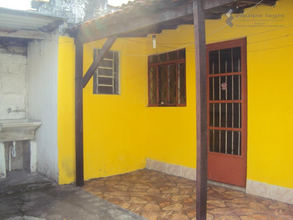 Casa com 1 dormitório para alugar por R$ 600/mês - Vila Carmosina - São Paulo/SP