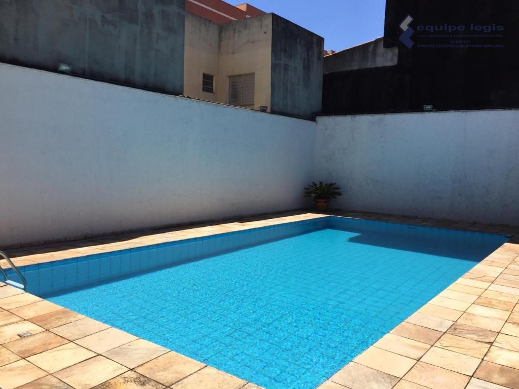 casa térrea com piscina terreno 500 metros,sendo 3 suítes,sala de star,sala de jantar, copa cozinha,lavabo, churrasqueira,...