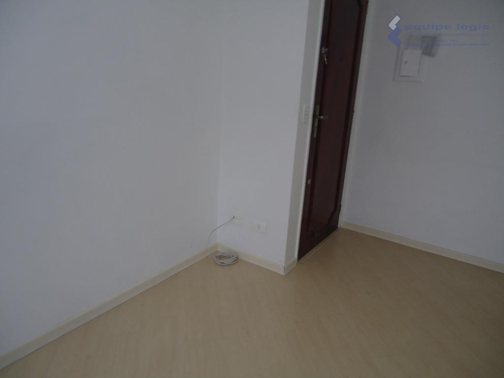 Apartamento com 2 dormitórios para alugar, 56 m² por R$ 850/mês - Itaquera - São Paulo/SP
