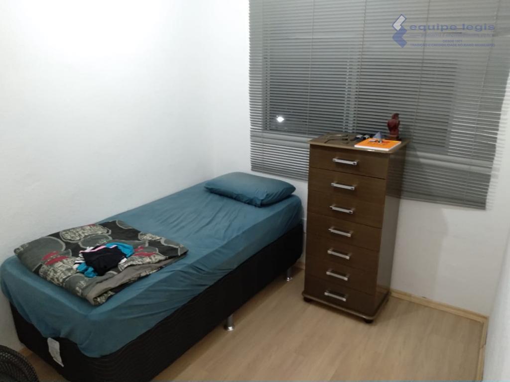 apartamento com: 02 dormitórios, sala de estar, cozinha, banheiro, área de serviço e 01 vaga de...