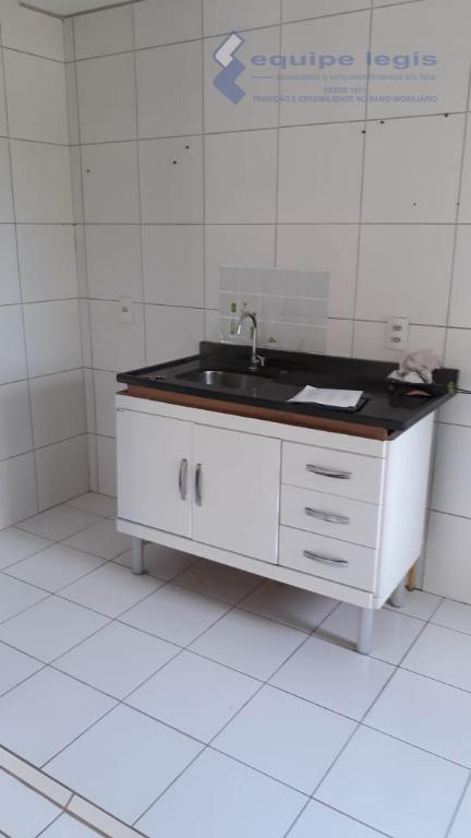 apartamento com 03 dormitórios, sendo 01 suite, sala, cozinha, 02 banheiros, área de serviço aquecedor a...