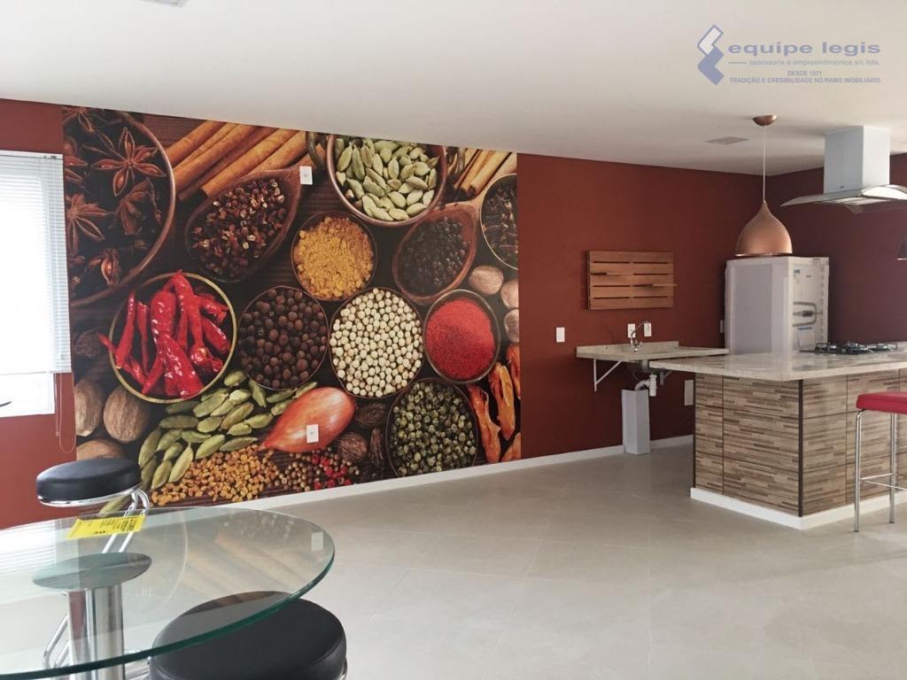 apartamento com 02 dormitórios, sala, cozinha, banheiro, área de serviço e 01 vaga na garagem//área de...
