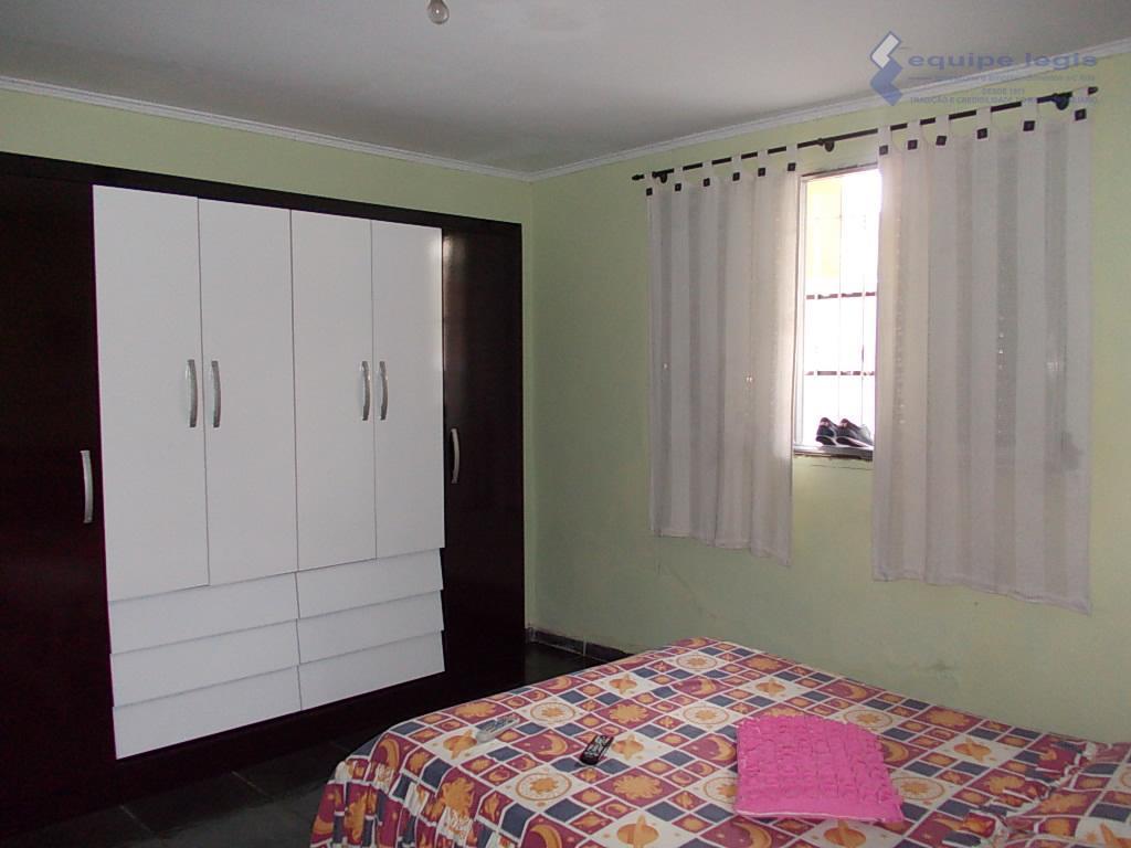 casa com 2 dormitórios, sala, cozinha, banheiro, área de serviço,corredor lateral,2 vagas, + 1 dormitórios, sala,cozinha,...