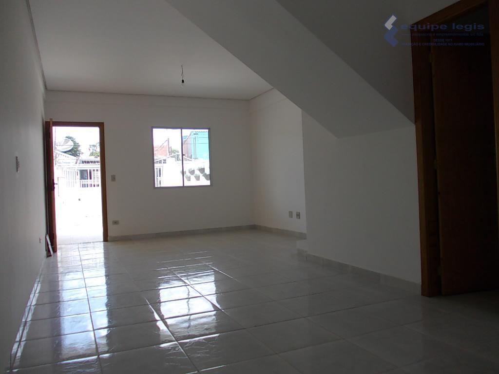 sobrados frente para rua com 3 dormitórios, sendo um suíte com closet,varanda,sala de estar,sala de jantar,copa,cozinha,...