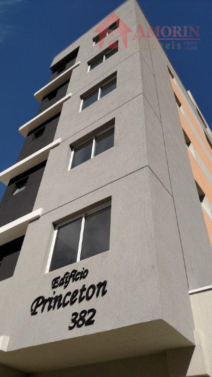 Apartamento residencial à venda, Centro, Curitiba - AP0141.