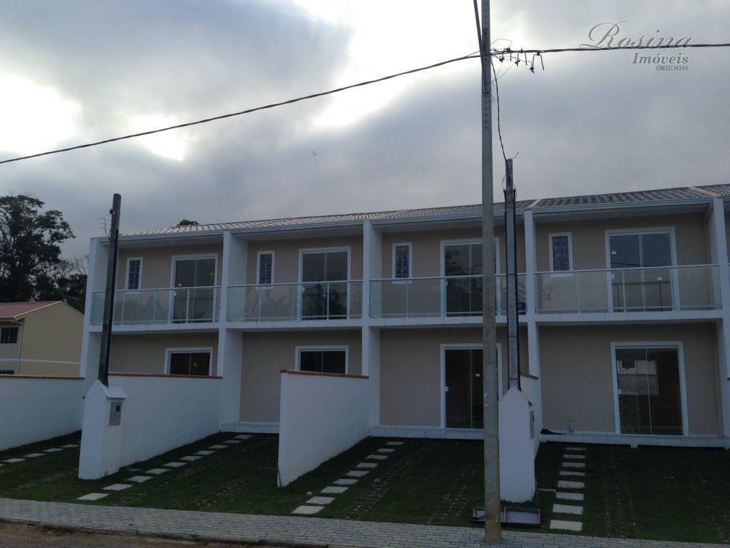 Lindo Sobrado em condomínio fechado localizado Núcleo Rio do Pinto em Morretes.