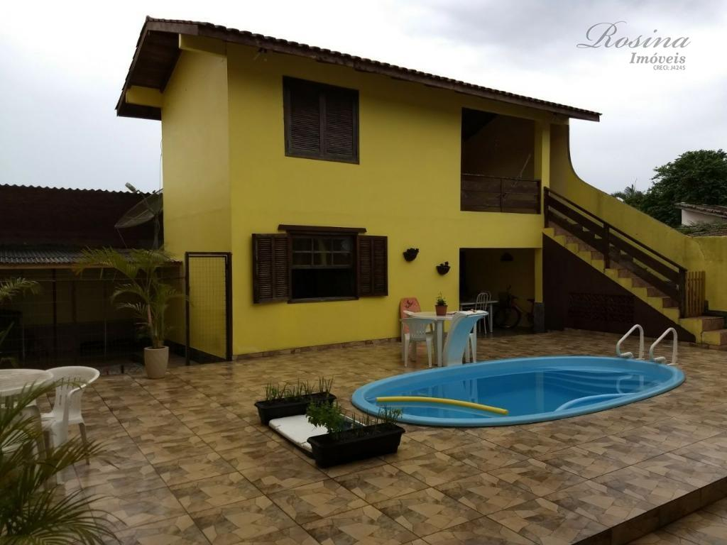 Belíssima Casa localizado na Avenida Conde Matarazzo em Antonina