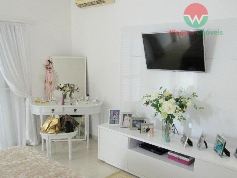 sobrado à venda no jardim acapulco em guarujá, sala 5 ambientes com lavabo, 6 quartos (sendo...