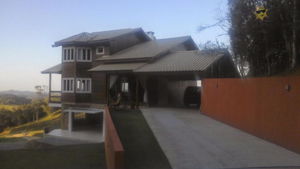 Casa charmosa à venda em Rancho Queimado