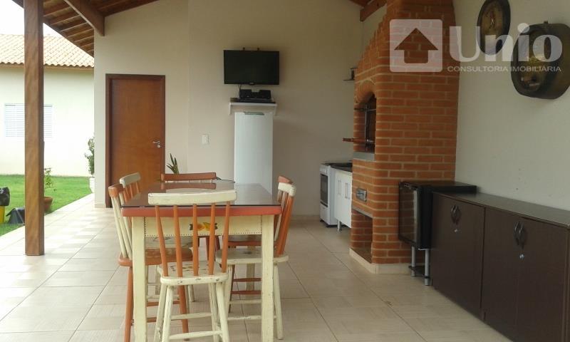 ótimo imóvel com 240 m² de área construída e 1000m² de terreno. sendo 3 dormitórios, 1...