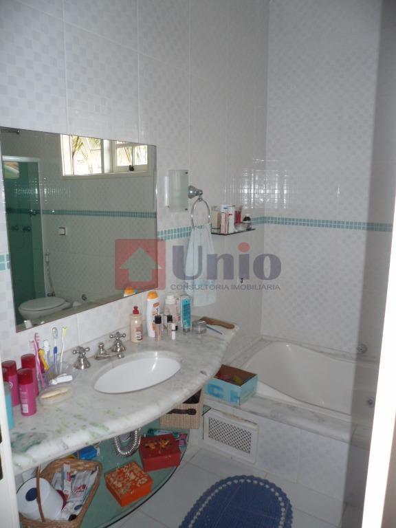 excelente residência de alto padrão no bairro nova piracicaba, com 467,50m² de área de terreno e...