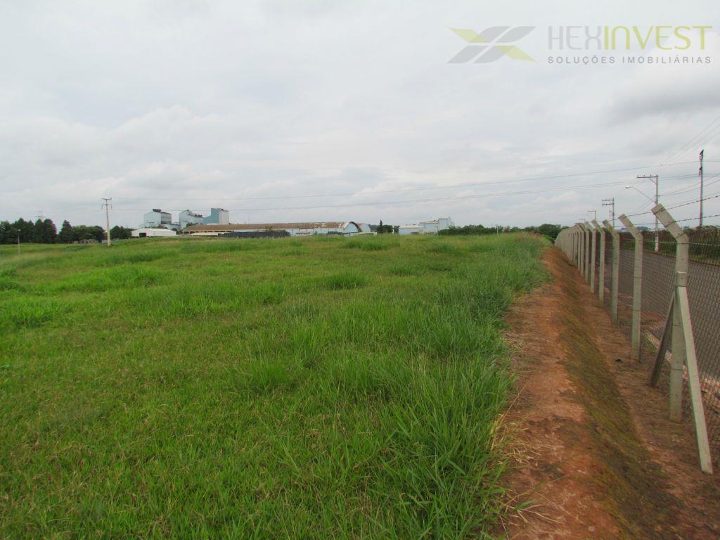 Área Industrial RMC, 75.000m2 Plana e com Benfeitorias, Fácil Acesso à Rodovia Anhanguera
