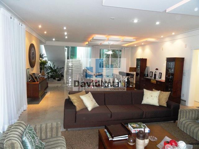 Casa residencial para venda e locação 5 suítes, Ilha do Boi, Vitória.