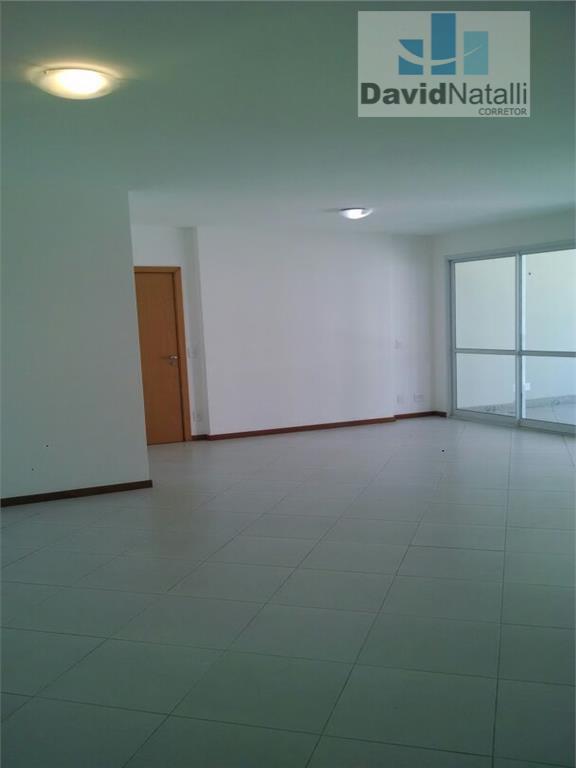Apartamento 4 quartos com 2 suítes para locação, Praia do Canto, Vitória.