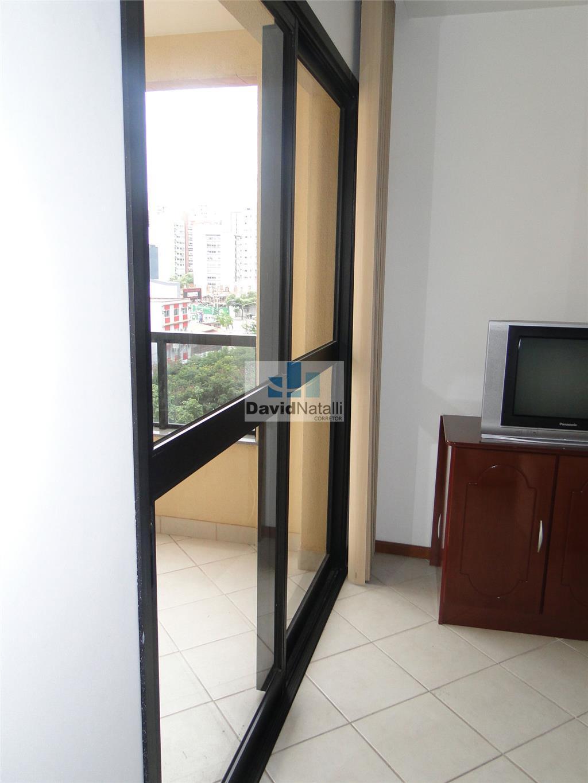 Apartamento quarto e sala, Santa Lúcia, Vitória.