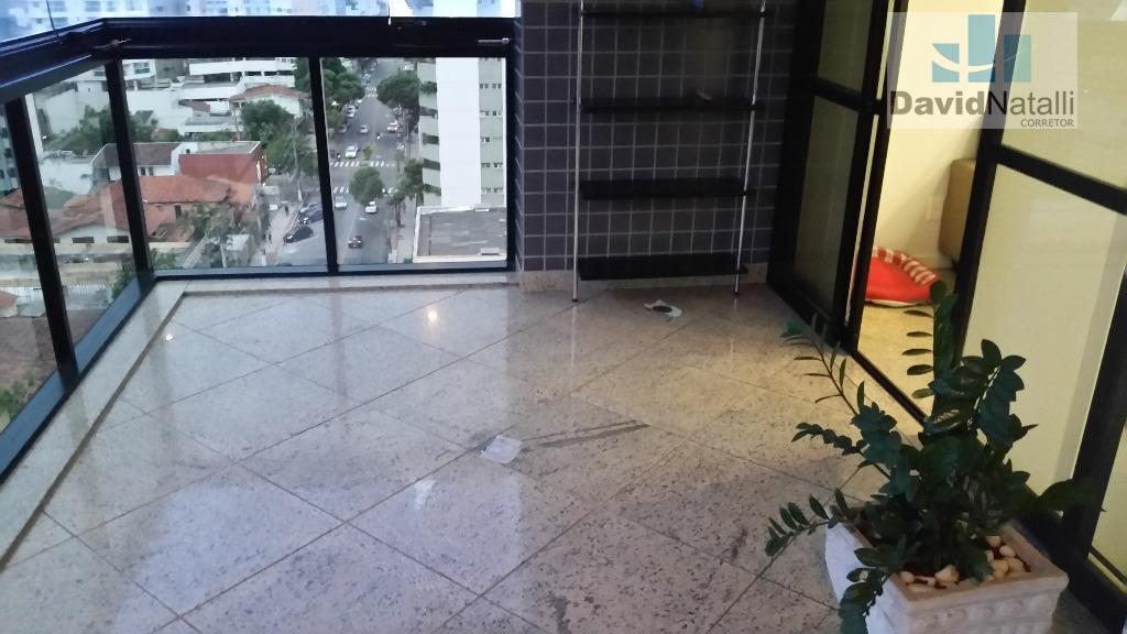 Apartamento para locação de 4 quartos sendo 2 suítes na Praia do Canto, Vitória.