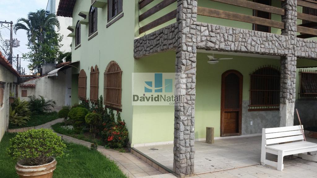 Excelente casa para residencia ou comercio em Jardim Camburi, Vitória.