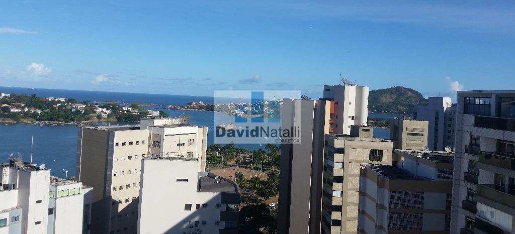Apartamento 4 suítes com 4 vagas de garagem na Praia do Canto, Vitória.